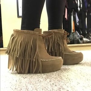 Koolaburra Fringe Wedge Booties
